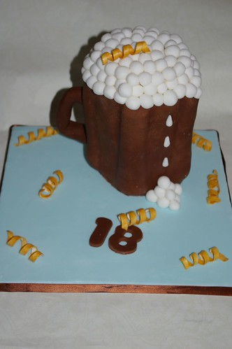 Td Flumpette Vs Bronte Cakes Theme Male 18th Birthday Beer Mug Cake