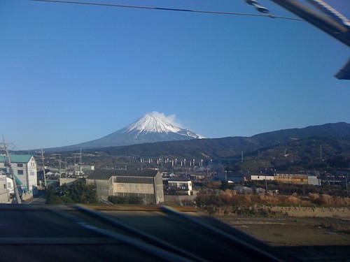 Mt Fuji From the Shinkansen 新幹線から富士山を