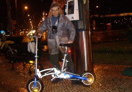 bicicletada à chuva, em Janeiro de 2009