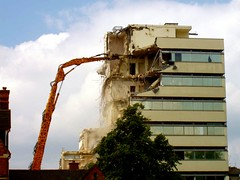 Cheltenham (cherington) Tags: england whitbread demolition gloucestershire brewery cheltenham officeblock monsonavenue