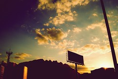 Una vuelta por minuto. (Just Like Heaven') Tags: street sunset sky sun sunshine clouds vintage contraluz mexico atardecer movement sunday puestadesol tiempo urbe