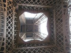 Torre Eiffel (jccampanero) Tags: paris france tower torre torreeiffel francia
