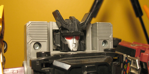 A very dusty Menasor