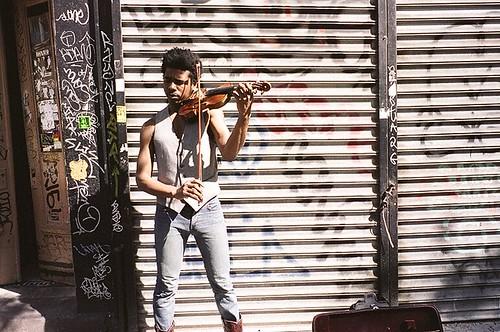 他和他的提琴