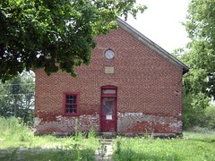 Yellowbud, Ohio- Metzger Schoolhouse (cziffra1) Tags: county school ohio house brick abandoned rural one ross decay room forgotten schoolhouse metzger 1892 yellowbud