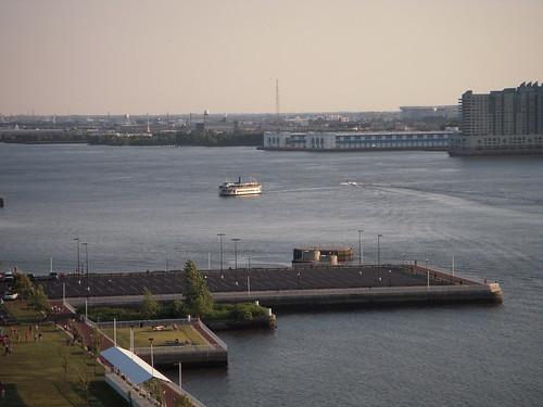 Ferry between Philadelphia and Camden