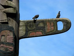 TOTEM POLE #2 (Photocoyote) Tags: seattle wood usa washington downtown honeymoon pigeon totem pacificnorthwest pikeplacemarket victorsteinbrueckpark theemeraldcity canonpowershota720is