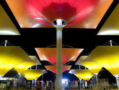 Expo Zaragoza 2008. Accesos (Jorge Ses (ASemTa Fotografa Cofrade)) Tags: night noche spain expo olympus zaragoza nocturna aragon e300 2008 nuit denoche expo2008 expozaragoza2008 ranillas asemta expozaragoza jorgeses exponoche