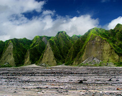Mt. Pinatubo's Artwork (Storm Crypt) Tags: trek volcano jeep 4x4 stones hill trail mountaineering mountainside caverns canyons eruption mtpinatubo lahar pampanga tarlac zambales stratovolcano mountpinatubo