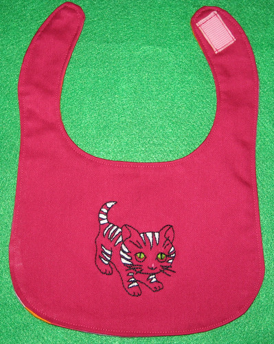 kitty bib