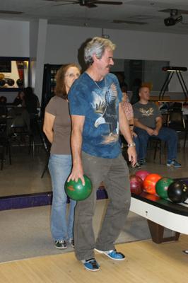 Freddie_Billie bowling