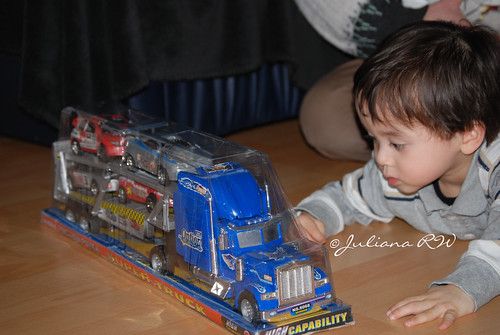 Staring truck