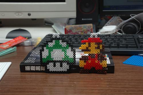 Mario and 1Up mushrooms