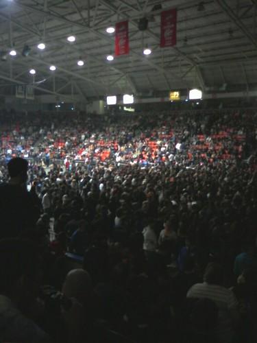 6000 people