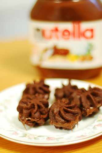 chocolate melting moments with nutella