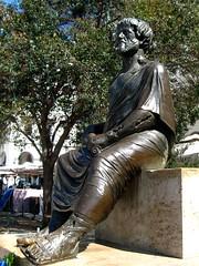 Aristoteles (V and the Bats) Tags: statue thessaloniki aristoteloussquare aristoteles θεσσαλονίκη πλατείααριστοτέλουσ