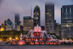 Chicago's Front Doors 2:  Buckingham Fountain at Night Red (Mister Joe) Tags: red sculpture lake chicago water night illinois nikon loop michigan joe versailles grantpark glowing buckingham hdr buckinghamfountain latonafountain jacqueslambert marcelloyau chicagosfrontdoors 500scolumbus
