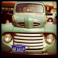 vintage Ford (ValFriday) Tags: cars mywalktowork
