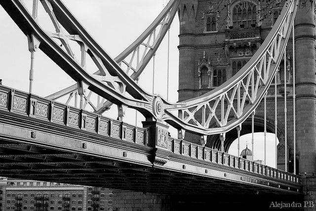 Black and white Tower bridge