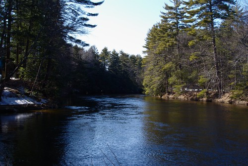Souhegan River upriver from Wildcat Falls (Sony DSLR Alpha-100)