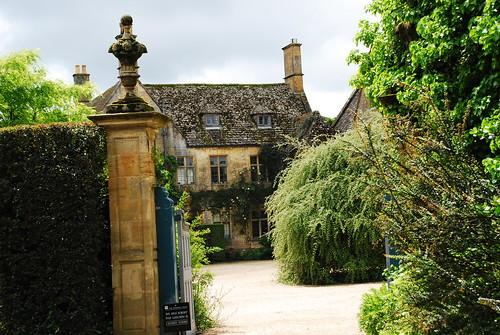 Hidecote Manor Garden