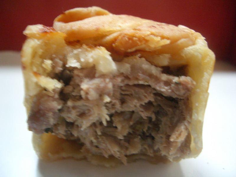 Duck and mushroom pie