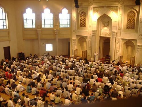 Inside of men's musalla at Masjid al Farooq (Atlanta, GA)