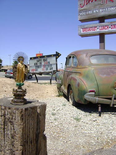 Buddha on route 66