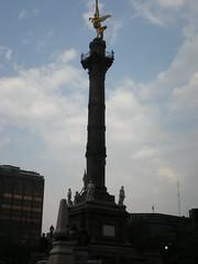 El ngel (sftrajan) Tags: monument mxico mexicocity mexique mexiko distritofederal paseodelareforma angeldelaindependencia ciudaddemxico chilangolandia elngel defeo columnadelaindependencia fggetlensgemlkm
