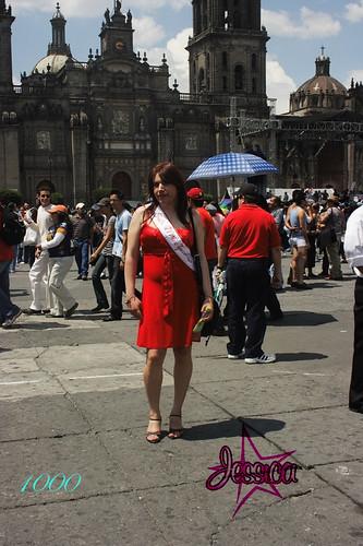 Jessica En El Zocalo y 1000 post