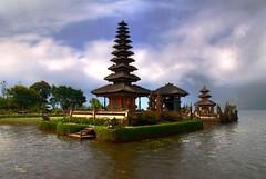 Candi Kuning- Pura Ulan Danu (ZameenZahari) Tags: bali temple hdr candikuning puraulandanu nikond40x sigma18200os