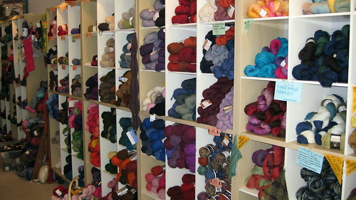 Chicago- Loopy Yarns Wall