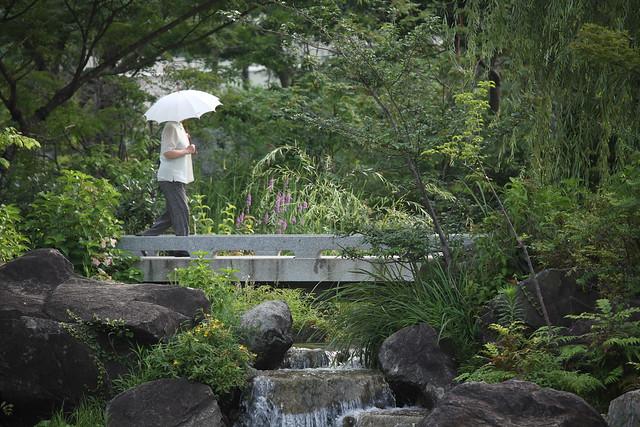 都心の純和風庭園