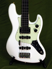 J-Basstard (Mark Dalzell) Tags: music white electric one maple model bass jazz fender instrument metropolis custom instruments ultra ebony ebo humbucker dimarzio jbass eb0 eclectric dp149 dp120 dp147