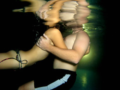 come to me (kozyndan) Tags: dan water pool night mexico kiss underwater float kozyndan cuernavaca kozy