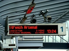 1 W'wich Arsenal (kpmarek) Tags: uk england london station sign poplar display rail railway lightrail dlr docklandslightrailway indicatorboard nexttrain wwicharsenal