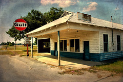 Waters Service Station (Brian Brown Photography/Vanishing Media) Tags: pictures usa sign architecture ga photo ghosttown waters americana vernacular mendes clapboard petro fuel blueandwhite countrystore 2011 gulfstation gulfoil tattnallcounty vanishingsouthgeorgia copyrightbrianbrown roadsidefillingstation