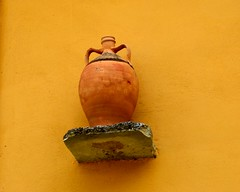 Clay Pot (RobW_) Tags: march pot greece clay tuesday ochre terra cotta villas zakynthos 2014 katastari archontiko mar2014 11mar2014