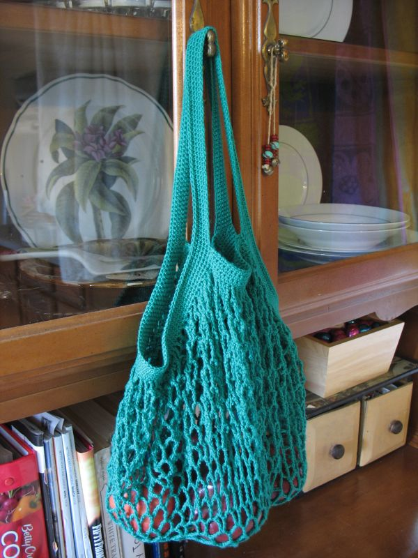 Yarn Junkie\'s Fix: Mean Green String Bag