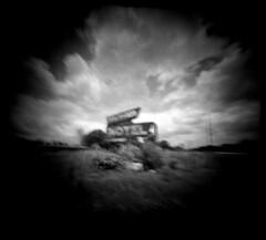 Underwood Motel (alternatePhotography) Tags: holga fuji pinhole professional 400 diafine neopan wwpd