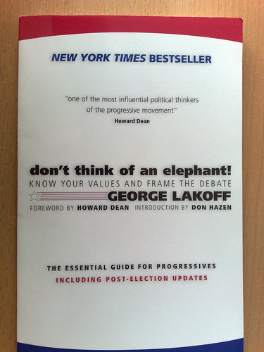 don't think of an elephant! por George Lakoff