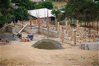 Ecuador-Beach-Property-building