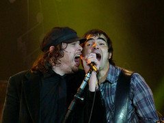 Beto Bruno e Samuel Rosa (Kitty & Kal-El) Tags: show music rock banda concert msica skank cachorrogrande estdiococacola estdiococacolazeropoa