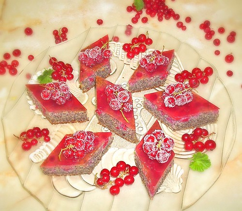 Red Currant - Poppy Cake by you.