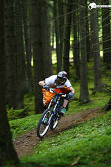 bloody trailcheck (Sebastian Marko) Tags: rock mountainbike downhill tyrol norco brse shox boxxer canon7020028 skyports subindustries sebastianmarko boerseinnsbruck gogogoooooo lukasmarko