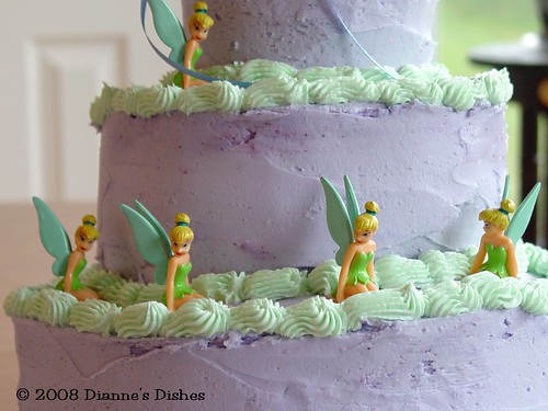 Tinkerbell Cake: Tinks In A Row