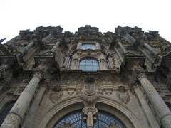 "Santiago Cathedral • <a style=""font-size:0.8em;"" href=""http://www.flickr.com/photos/48277923@N00/2626404268/"" target=""_blank"">View on Flickr</a>"