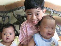 With cousins Kylie and Kuya Miggy