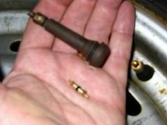 valve stem core remover