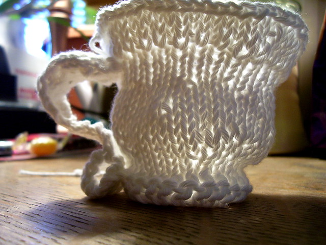 Free Crochet Pattern Tea Cup and Saucer - Crocheting Patterns